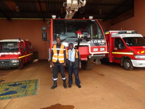 Nous contrôlons aussi les points de lavage des mains chez les pompiers